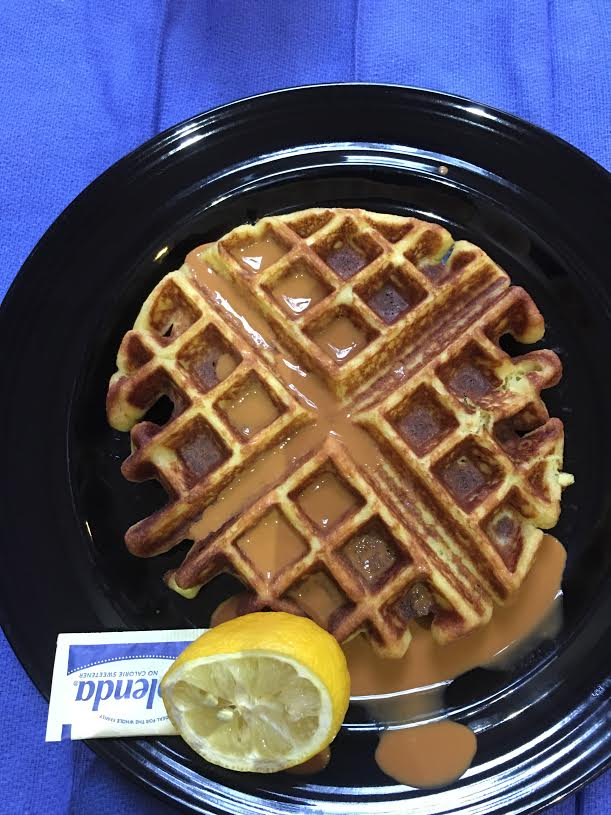 low carb waffles with lemon and splenda