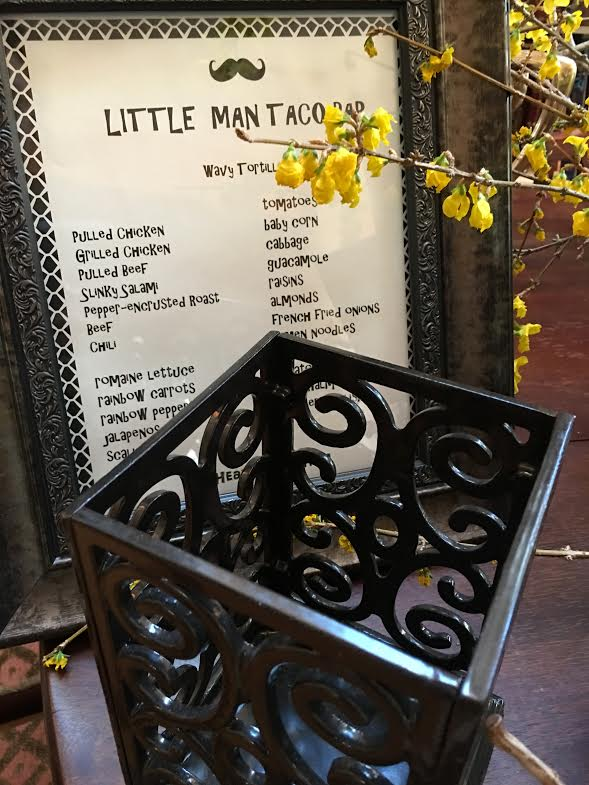 little man party-sign and flowers