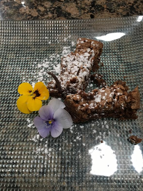 flourless chocolate cake with pansies