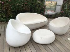 cramim spa pond area seating