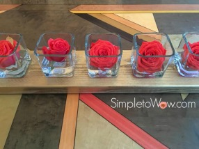 roses-in-series-on-table