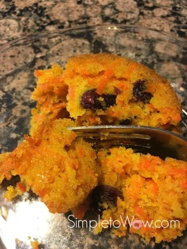 carrot-cranberry-kugel-with-fork