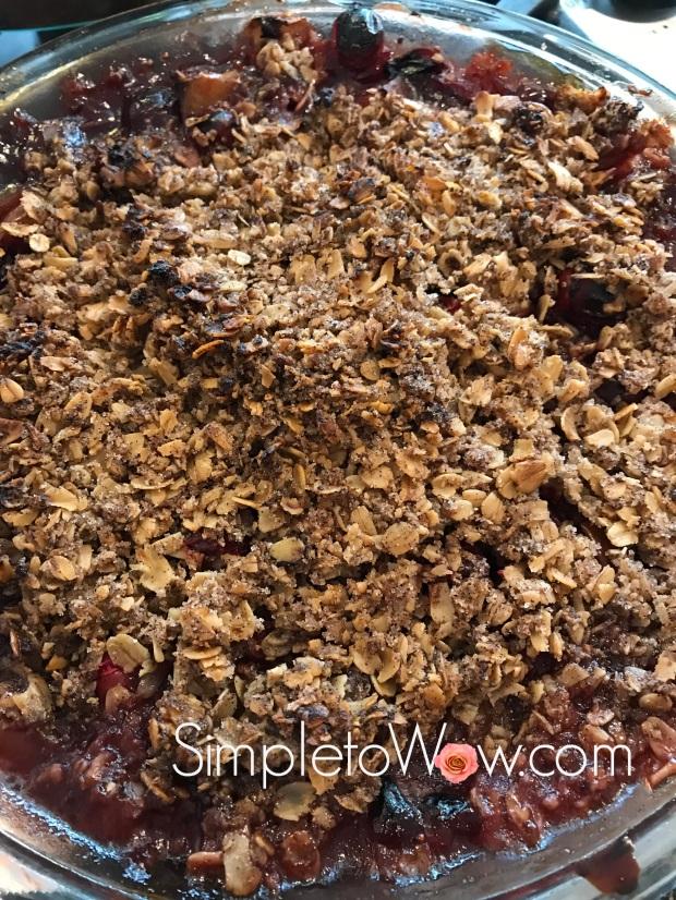 cranberry streusel